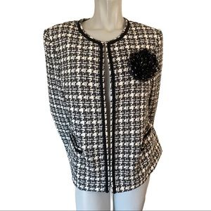 Tahari Arthur S Levine Black/White Open Jacket 14